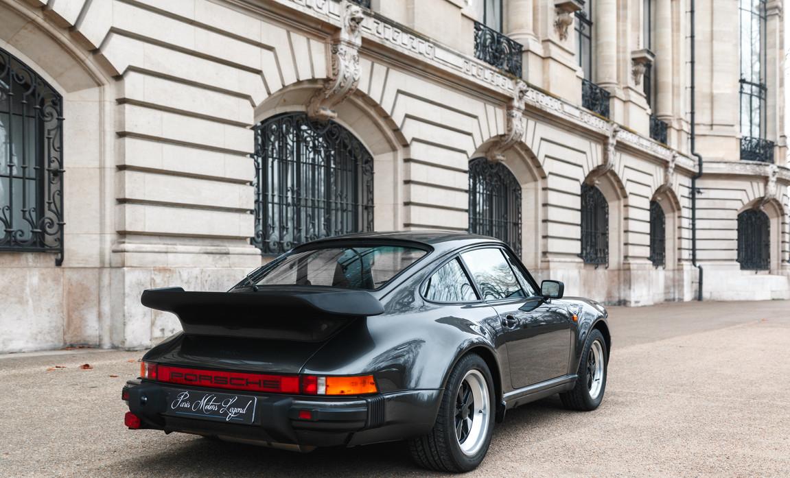 1986 Porsche 930 3.3 Turbo55.jpg
