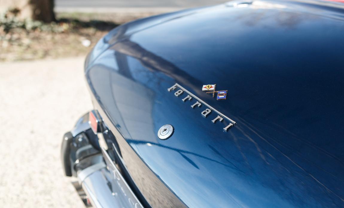 Ferrari 330 GT 196639.jpg