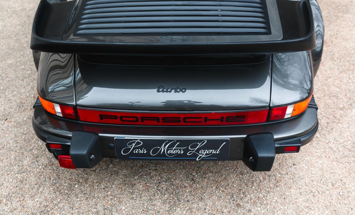 1986 Porsche 930 3.3 Turbo57.jpg