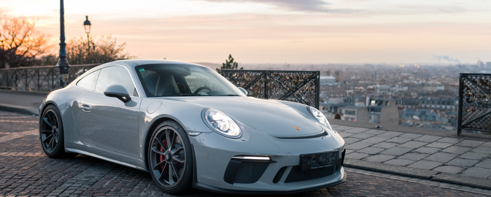 Porsche 911 GT3 Touring (11).jpg