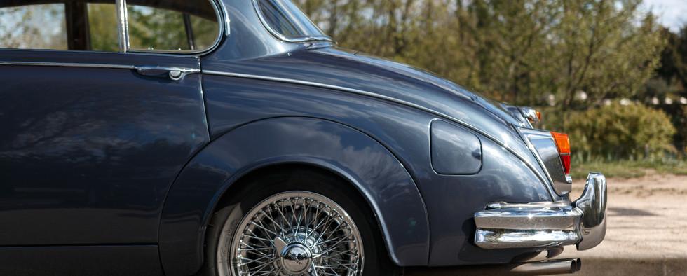Jaguar_MKII_détails_extérieur_(7).jpg