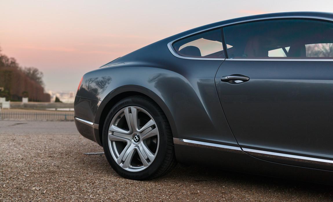 Bentley GT 6.0L W12 20114.JPG