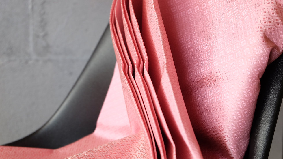 Raspberry Swirl สีนาก ผ้าไหมลายลูกแก้ว