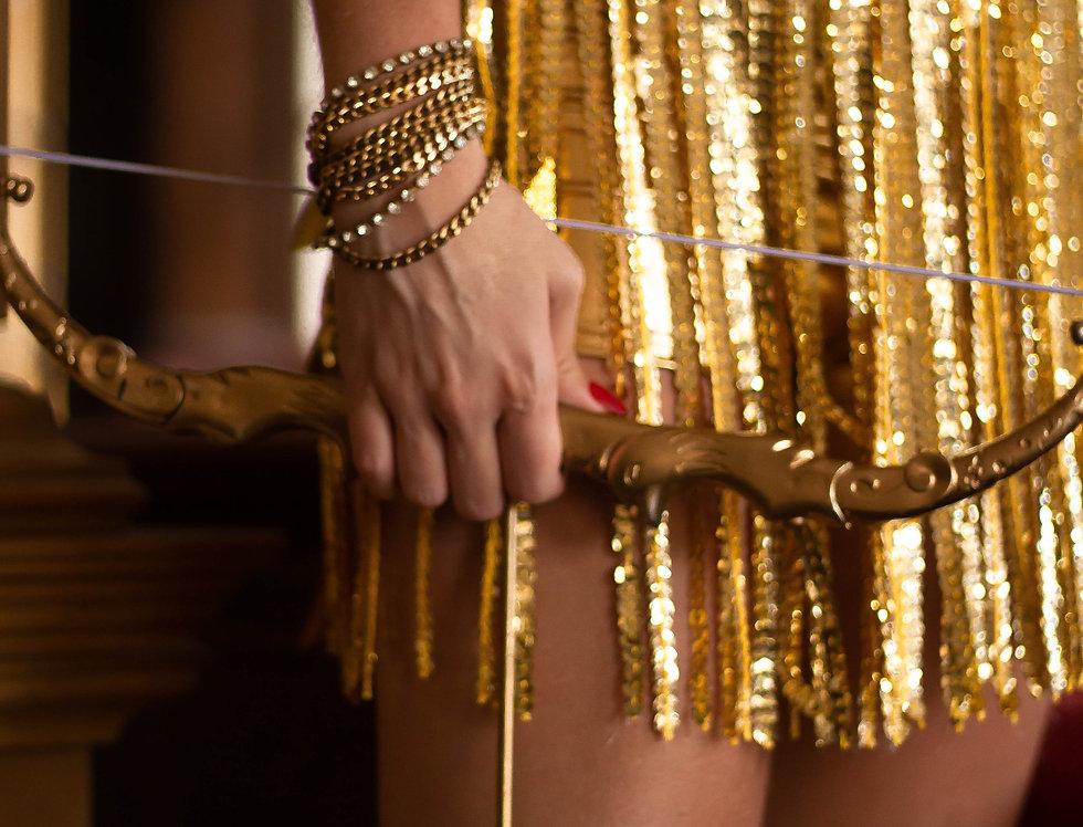 Saia paetê + short metalizado dourado