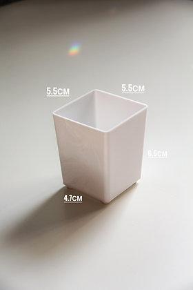 Горшок 5.5х5.5х6.5 см