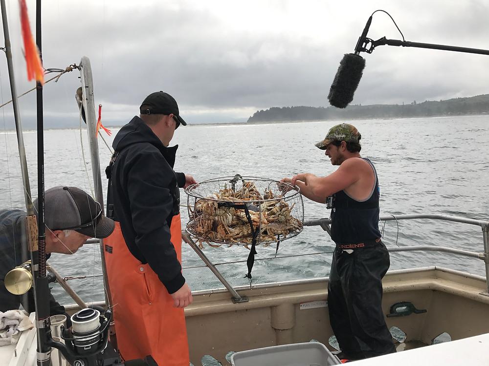Bill Matthews Outdoors Oregon Crabbing