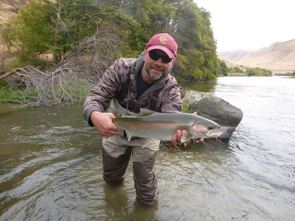 Bill Matthews Outdoos Deschutes Steelhead