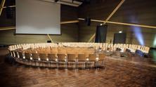 """""""Transformatives Lernen in digitalen Zusammenhägen. Digitalisierung und Schule: Wer prägt wen?&"""