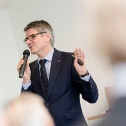 Max Schön