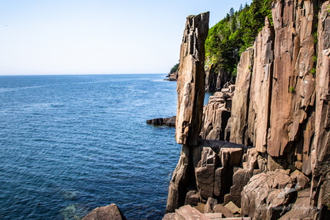 Balancing Rock, Diby Neck NS