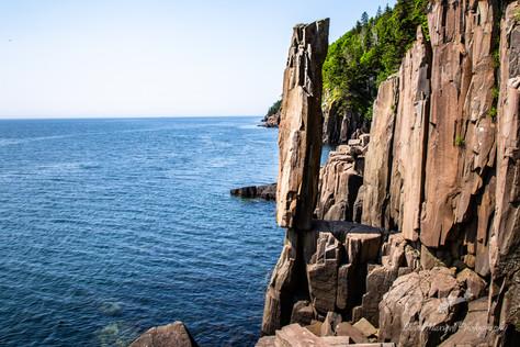 Balancing Rock, Diby Neck NS