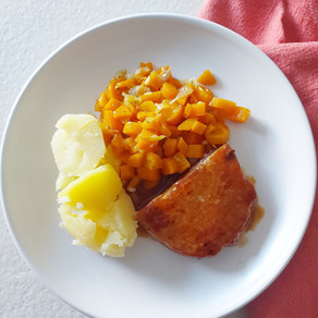 Ardeens gebraad met gestoofde worteltjes en aardappeltjes