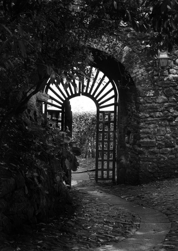 Entrance VI