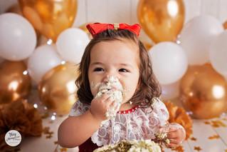 Julia - Smash the cake