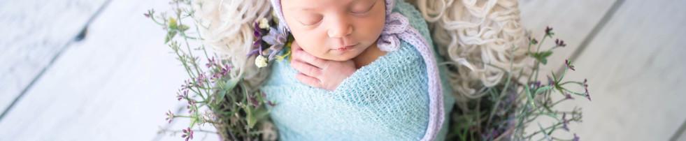 Newborn Luisa  (4).jpg