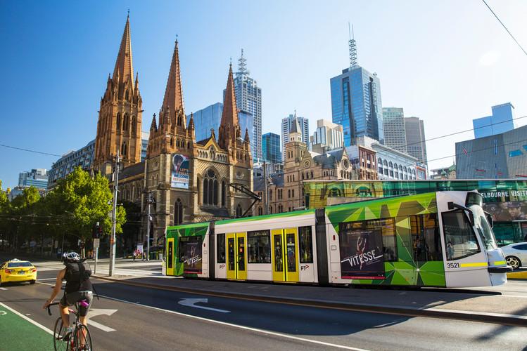 City_Skyline_Melbourne_City_Tram.jpg