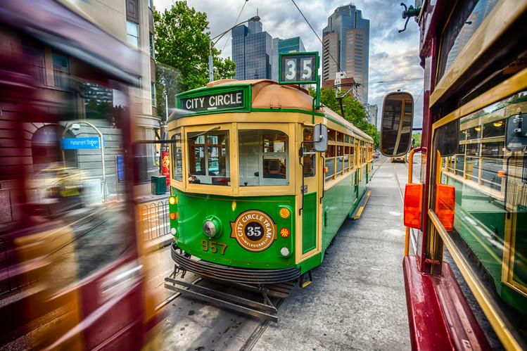 City_Skyline_Melbourne_City_Circle_Tram.