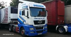 fast-signs-truck-sneddon