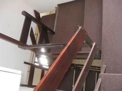 לפניה השיפוץ-מהלך מדרגות סגור