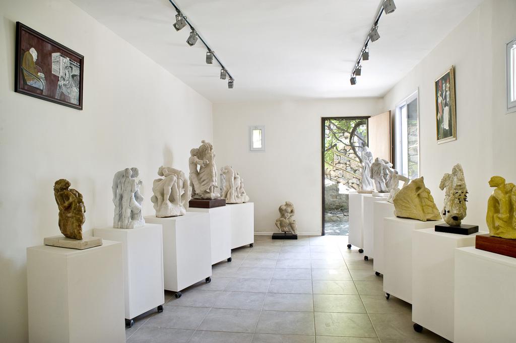 גלריית פסלים