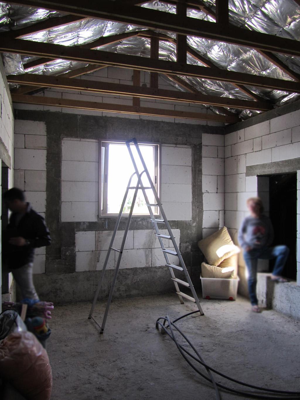 במהלך השיפוץ בגג