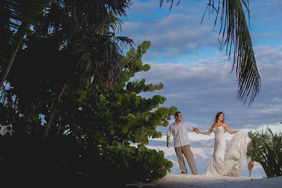 Cancun Wedding Photographer-14.jpg