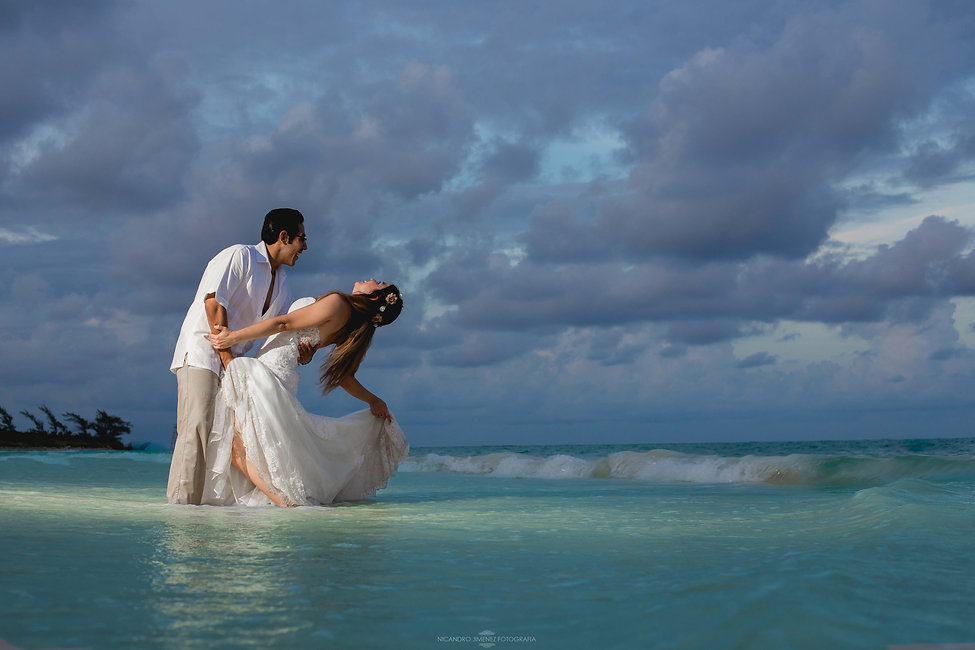 Cancun Wedding Photographer-33.jpg