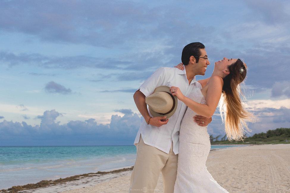 Cancun Wedding Photographer-18.jpg