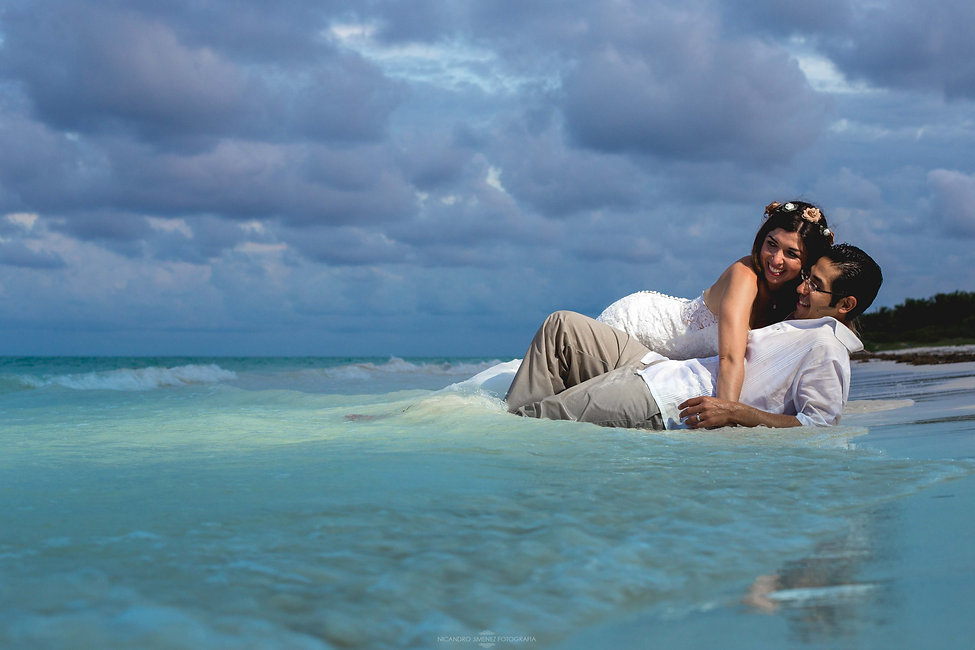 Cancun Wedding Photographer-35.jpg