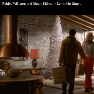 Nicole Kidman & Robbie Williams, 2001