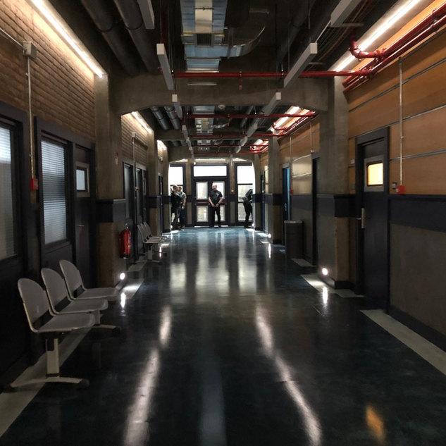 Criminal: UK S2 Corridor Set