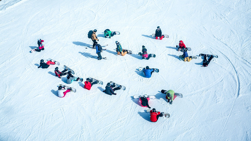 large%20group%20snowboarders_edited.jpg
