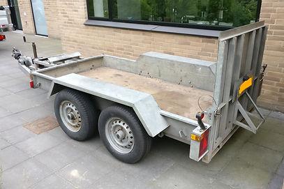 Indespension 2700 kg Maskintrailer