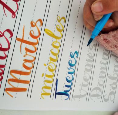 Lettering y Bullet Journal (3).jpg