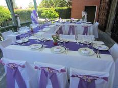 Decoración de mesa para invitados en comunion