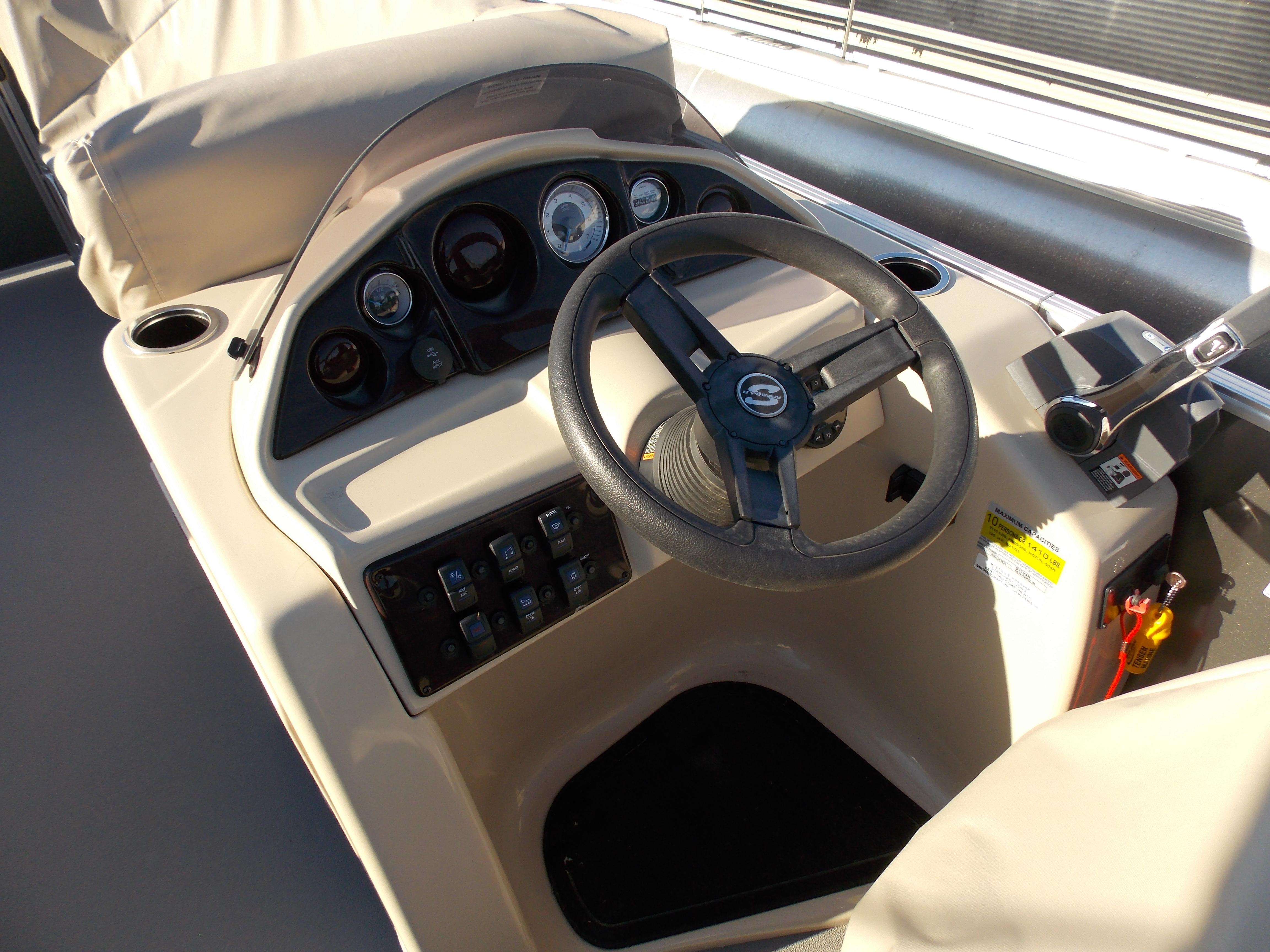 2019 Sylvan 8520 Mirage LZ 6