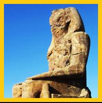 Colossi of Memnon.png