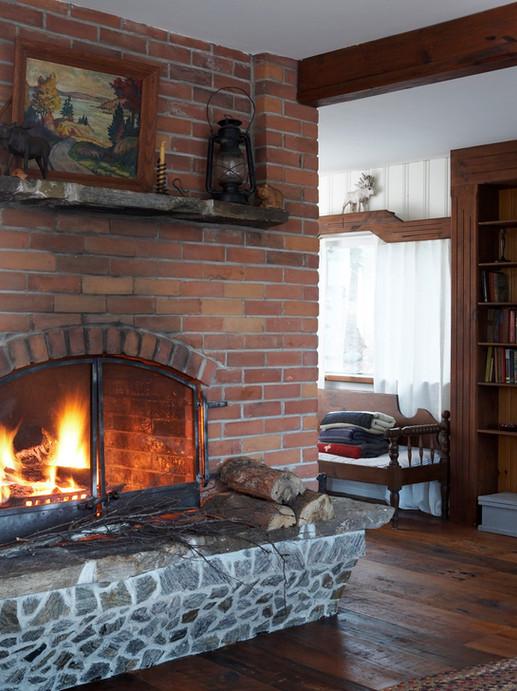 Fireplace_01.jpg