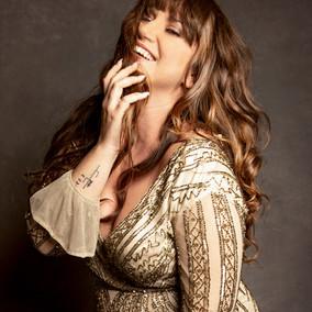 Beauty-and-Glamour-Suz-McFadden-Photo.jpg
