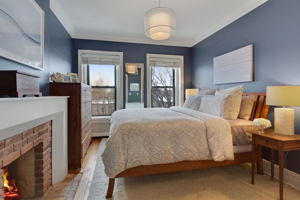 UNIT 4 - MASTER BEDROOM
