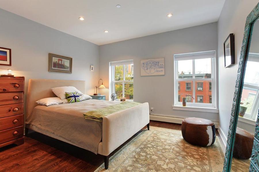 UNIT 4 - BEDROOM 1