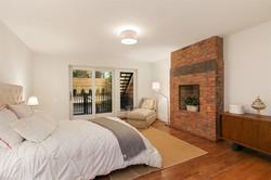 UNIT 1 - MASTER BEDROOM