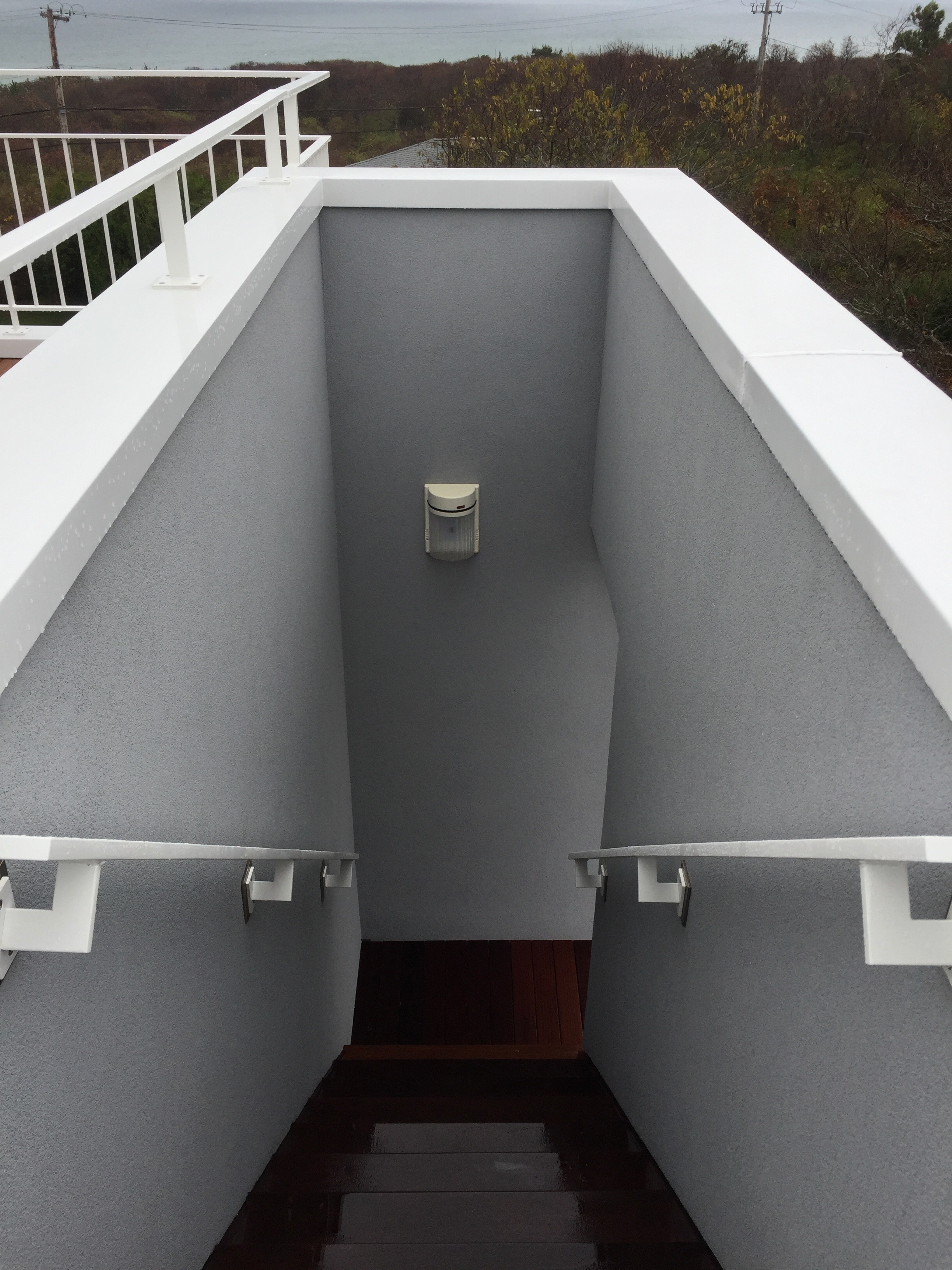 ROOF DECK EXTERIOR STAIR