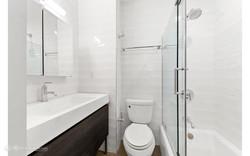 UNIT 2 - MASTER BATHROOM