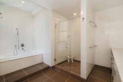 UNIT 4A BATHROOM