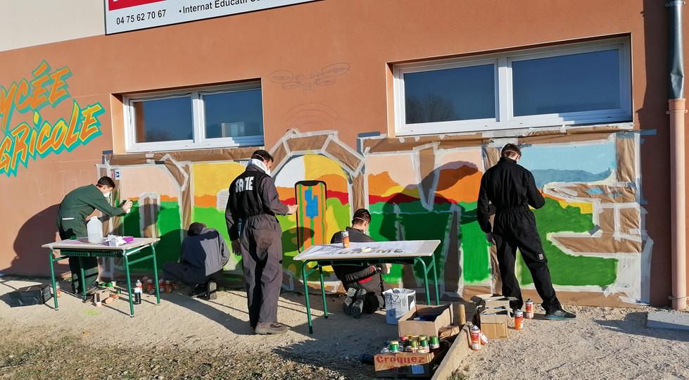 Fresque trompe l'œil Lycée du Val de Drôme