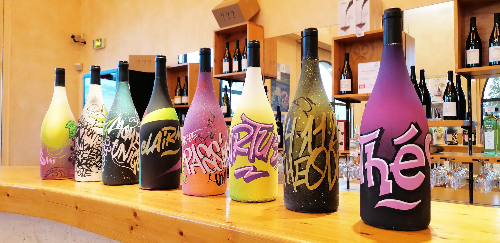 Décors graff bouteilles magnums Cave de
