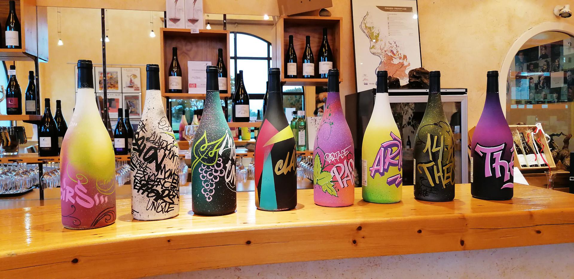 Décors graff bouteilles Cave de Clairmon
