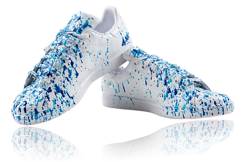 Sneakers blanches  – Fifty shades of blue