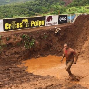 Lance Running through Mud.png